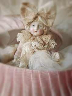 Vintage Dolly ~