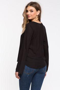 Блуза Размеры: S, M, L Цвет: черный Цена: 1489 руб.     #одежда #женщинам #блузы #коопт
