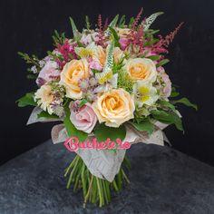 Hai să începem week-endul cu o explozie de culoare și eleganță, ce ziceți?   #livrareflori #florarie #pursisimplutrandafiri