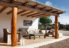 decordemon: Rustic chic house in Formentera by photographer Enrique Menossi Outdoor Living Patios, Cob Building, Outdoor Retreat, Natural Building, House With Porch, Pergola Patio, Tropical Houses, Rustic Interiors, Rustic Chic