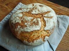 Aν θέλετε να φτιάξετε σπιτικό ψωμί και αναζητάτε την πιο γρήγορη, εύκολη και απλή συνταγή, δοκιμάστε την και θα ενθουσιαστείτε!