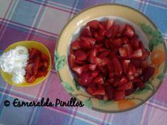 Fresas en su jugo o con nata.