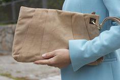 Fashion and Style Blog / Blog de Moda . Post: Spring look / Look para la primavera   .More pictures on/ Más fotos en : http://www.ohmylooks.com . Llevo / I was wearing : Abrigo / Coat : Zara ; Jeans : Hollister ; Necklace : Sevilla (old) ; Zapatos y Bolso / Shoes and bag : Pilar Burgos (old)