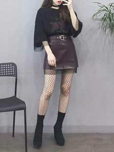 Pin by Erline Miclisse on K-Fashion in 2019 Edgy Outfits, Korean Outfits, Grunge Outfits, Grunge Fashion, Cute Outfits, Fashion Outfits, Fashion Ideas, Rock Outfits, Korean Clothes