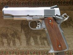 """Houston Collection Item Caspian Commander, 1911, 4 ¼"""", Mag. Well Frame, .40 S&W"""