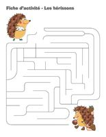 Fiches d'activité-Les hérissons Hedgehog Craft, Petite Section, Too Cool For School, Business For Kids, Maze, School Supplies, Plastic Cutting Board, Preschool, Pattern