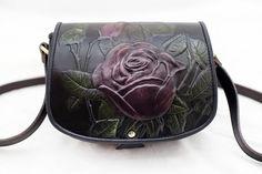 Leather handbag  with rose design embroiled  Tablouri Piele