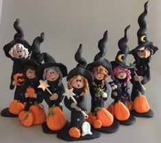 Halloween polymer clay witches by Roberta Originals Polymer Clay Halloween, Polymer Clay Ornaments, Polymer Clay Figures, Halloween Doll, Fimo Clay, Polymer Clay Projects, Polymer Clay Creations, Polymer Clay Art, Halloween Crafts