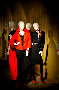 Hans Boodt Showroom Paris | 2, Rue du Puits-Dixme | Senia 604 | Orly 94667 | Paris | France