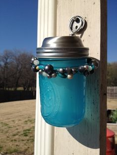 DIY Solar lights with a Mason Jar - very clever way to make a. Informations About DIY Solar light. Diy Solar, Solar Light Crafts, Solar Lamp, Cheap Solar Lights, Mason Jar Solar Lights, Jar Lights, Solar Licht, Pots, Jar Lanterns