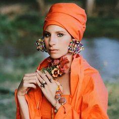 Barbra Streisand Kenya Portrait in Orange, photo by Steve Schapiro, 1970 Barbara Streisand, Barbara Stanwyck, Hollywood Glamour, Classic Hollywood, Hollywood Style, Hollywood Fashion, Abstract Photography, Levitation Photography, Experimental Photography
