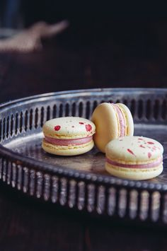 Lemon Raspberry Macarons | Hint of Vanilla