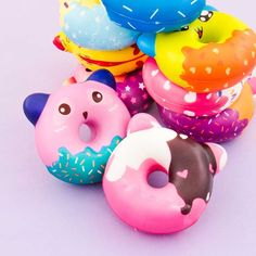 Squeeze all your troubles away with these animal donut squishies! 🍩😍 These are slightly scented and perfect for decorations! Silly Squishies, Animal Squishies, Kawaii Gifts, Kawaii Things, Starbucks Wallpaper, Cake Squishy, Chocolate Stars, Funny Animals, Cute Animals