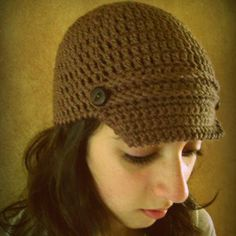 Crochet Visor Hat http://www.allfreecrochet.com/Caps-With-Brims/Crochet-Visor-Hat