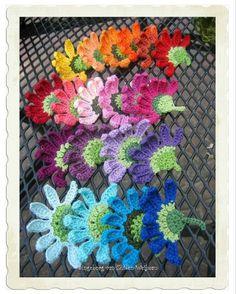 Crochet curly flower - pattern from book 100 flowers to knit and crochet Appliques Au Crochet, Crochet Motifs, Crochet Flower Patterns, Freeform Crochet, Irish Crochet, Crochet Designs, Knitting Patterns, Stitch Crochet, Diy Crochet