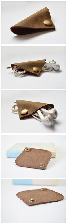 Handmade Genuine Natural Leather Earphone Holder, Earphone Organizer, Cable Keeper D08