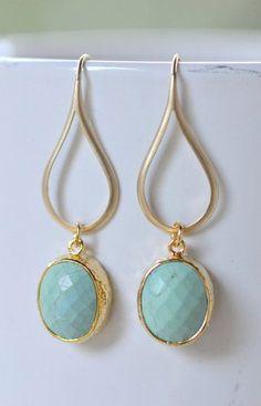 Turquoise Green Dangle Teadrop Earrings in Gold
