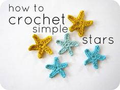 Cornflower Blue: crochet tutorial :: simple stars -- These are ADORABLE! i LOVE this pattern, step by step directions! Crochet Star Patterns, Crochet Stars, Love Crochet, Learn To Crochet, Crochet Motif, Diy Crochet, Crochet Crafts, Yarn Crafts, Crochet Flowers