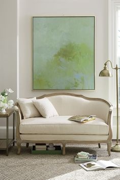 Contemporary and traditional work together very well in this setting!