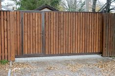 Home Gate Design, Front Gate Design, Gate House, My House, Home Pub, Timber Fencing, Recycling, Front Gates, Exterior Doors