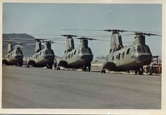 Fueling up at Marble Mountain for Insert into Arizona Territory, 1968 Marine Corps History, Us Marine Corps, Military History, Vietnam History, Vietnam War Photos, Usmc, Marines, Boeing Ch 47 Chinook, Military Pictures