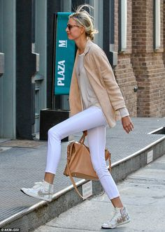 Karolina K working neutrals #offduty in NYC. #KarolinaKurkova