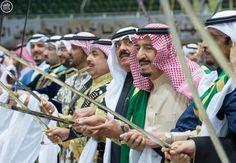 خادم الحرمين الشريفين يرعى حفل العرضة السعودية ضمن نشاطات المهرجان الوطني للتراث والثقافة في دورته الثلاثين - http://www.watny1.com/cultural-news/443245.html