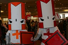 Castle Crashers: Orange Knight, Red Knight, Dragonhead, and Chicken