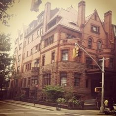 The Brooklyn Apartments That Have A Titanic History