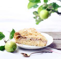 Omena-rahkapiirakka   Meillä kotona Sweet Pie, Pie Recipes, Salmon Burgers, Deli, Deserts, Goodies, Favorite Recipes, Baking, Ethnic Recipes