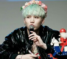 Suga is running into my bias list. Never thought that he will be the one to join the list, BUT WATEVA.