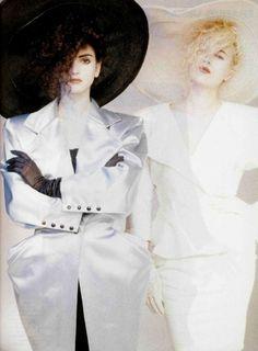 Le Point Sur Les Collections L'Officiel #720, 1986 Photographer: Béate Hansen Emanuel Ungaro, Spring 1986 Couture