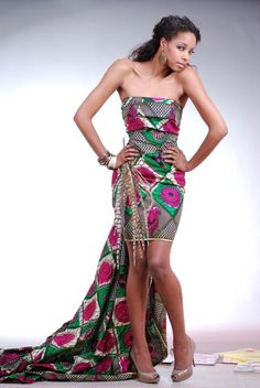 Trendy African dress Trendy Dresses for 2012 African Print Dresses, African Dresses For Women, African Attire, African Wear, African Women, African Prints, African Style, African Clothes, African Inspired Fashion