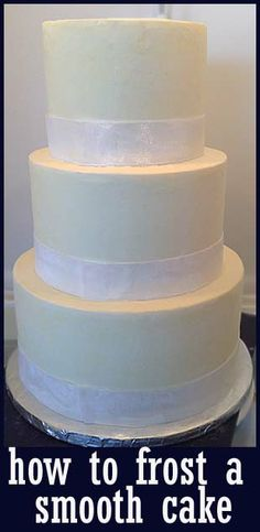 How to Frost a Smooth Cake