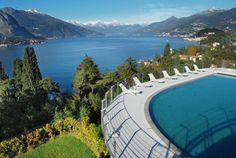 Lake Como Pool with magnificent view, apartments for holiday rent.