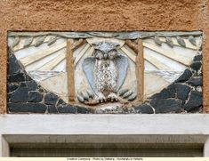 The owl is the most represented pattern in Finnish Art Nouveau. Nature is a source of inspiration for Art Nouveau artists (both plants and animals). Art Nouveau in Finland Helsinki, Art Nouveau, Art Deco, Disney Drawings, Art Drawings, Eating Before Bed, Owl Crafts, Owl Art, Architecture Details