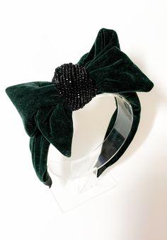 Luxury bridal accessories, tiaras, crowns, vines and statement earrings. Boho Headband, Pearl Headband, Crown Headband, Wedding Tiara Hairstyles, Headband Hairstyles, Bridal Accessories, Women Accessories, Posh Hair, Headbands For Short Hair