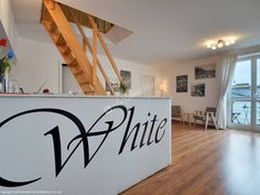 White Podwale 19 Guest House znajduje się przy warszawskim Starym Mieście. Szczegóły: http://www.nocowanie.pl/noclegi/warszawa/apartamenty/143053/ #nocowaniepl