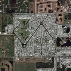 the.jefferson.grid on Instagram. An account that uses Google Earth satellite photos of places in the United States that are exactly one square mile
