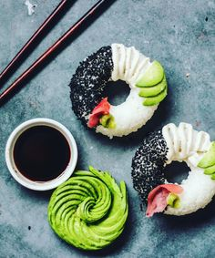 Doughnut Sushi Instagram | The Instagram Sobeautifullyraw just shared an amazing photo of doughnut sushi. #refinery29 http://www.refinery29.uk/2016/06/113969/doughnut-sushi-instagram-sobeautifullyraw