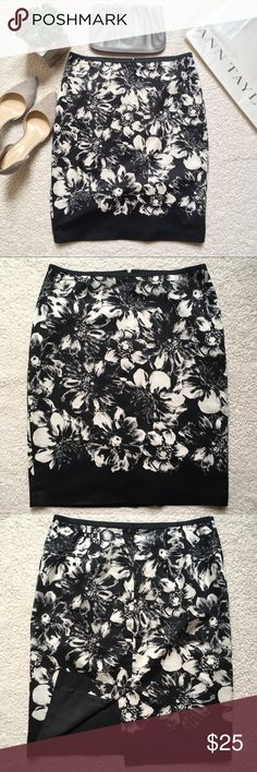 """Ann Taylor Floral Pencil Skirt Ann Taylor floral pencil skirt. Fully lined, back hidden zipper. Excellent condition. No stains, no holes, no tears. Waist: 32"""". Length: 22.5"""". Reasonable offers welcome. Smoke free and pet free home. Ann Taylor Skirts Pencil"""