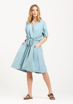 Relaxed Fit Wrap Playsuit with Drawstrings in Teal Keep it casual this season with our relaxed fit wrap playsuit, crafted with wide shorts, side pockets, elasticated ruched waist and adjustable waist drawstrings. Wear with flats for a chilled everyday look.  Also available in black https://www.paisie.com/collections/new-in/products/relaxed-fit-wrap-playsuit-with-drawstrings-in-teal