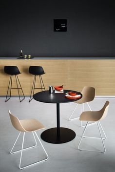 Counter stools | Seating | Miunn | lapalma | Karri Monni. Check it out on Architonic