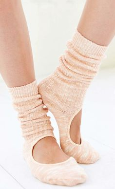 yoga slouch crew sock  http://rstyle.me/n/rdkz2pdpe