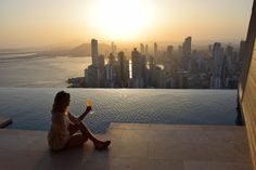 O que fazer na Cidade do Panamá além da conexão no aeroporto? Dicas de hotéis, passeios, praias, restaurantes e uma ida a San Blas. Por quem mora no país.