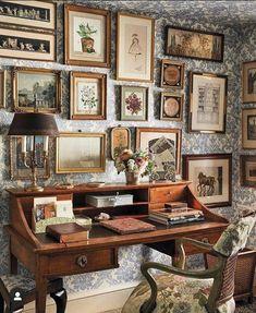 Wallpaper Ceiling, Wallpaper Art, Aesthetic Room Decor, My New Room, Cheap Home Decor, Room Inspiration, Design Inspiration, Home Remodeling, Sweet Home