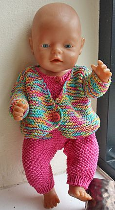 Knitted Doll Patterns, Doll Dress Patterns, Knitted Dolls, Clothing Patterns, Baby Cardigan Knitting Pattern Free, Baby Knitting Patterns, Baby Born Clothes, Baby Barn, Knitting Dolls Clothes
