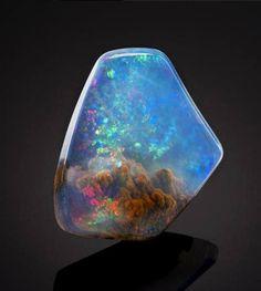 The world inside the opal