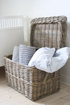 Fisherman 39 S Wicker Basket Large Great For Storing All