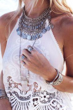 TatiTati Style ✤ Myee Carlyle Cloudy Haze Necklace Silver